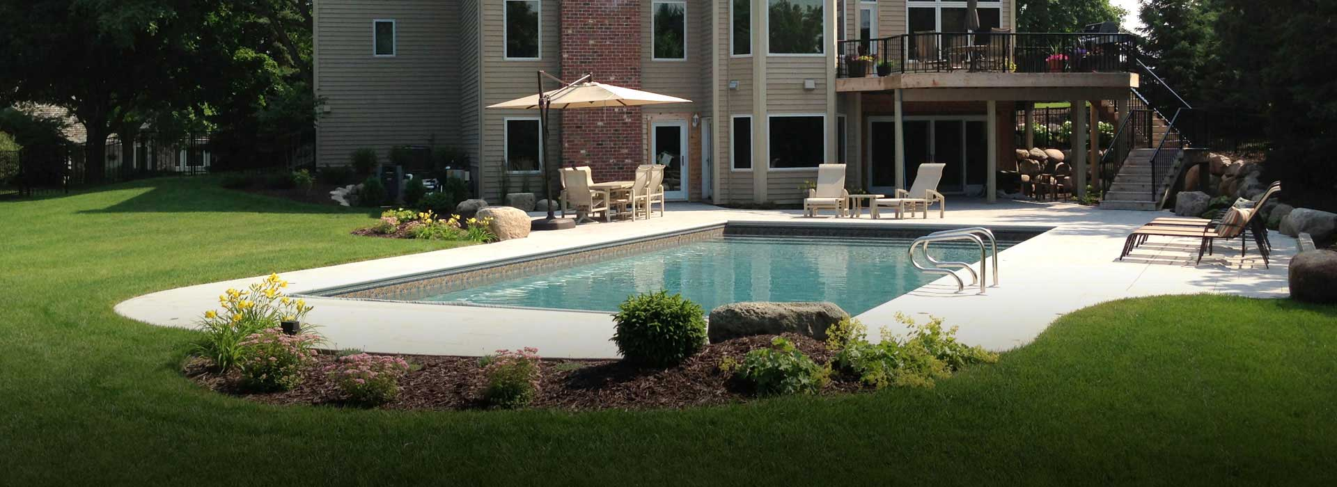 Custom pools inc pools minneapolis swimming pools st for Custom indoor pools